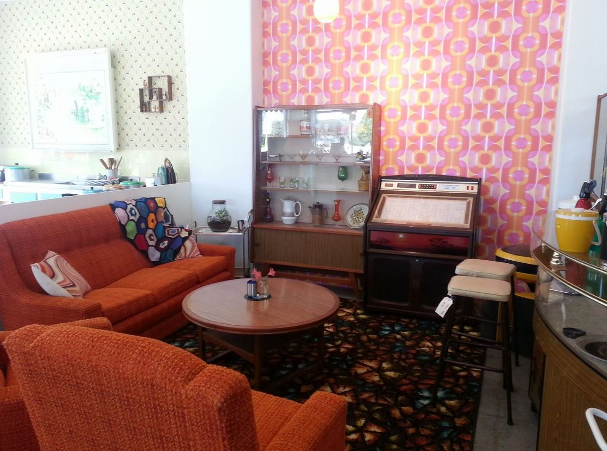 mid century cafe and collectables yokine